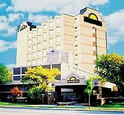 Hotels Near Dtw With Shuttle